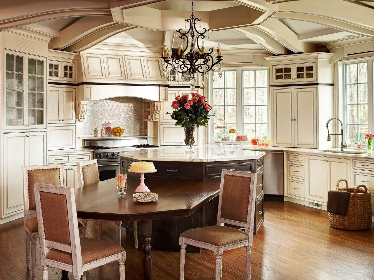 Kitchen Classic Cabinets
