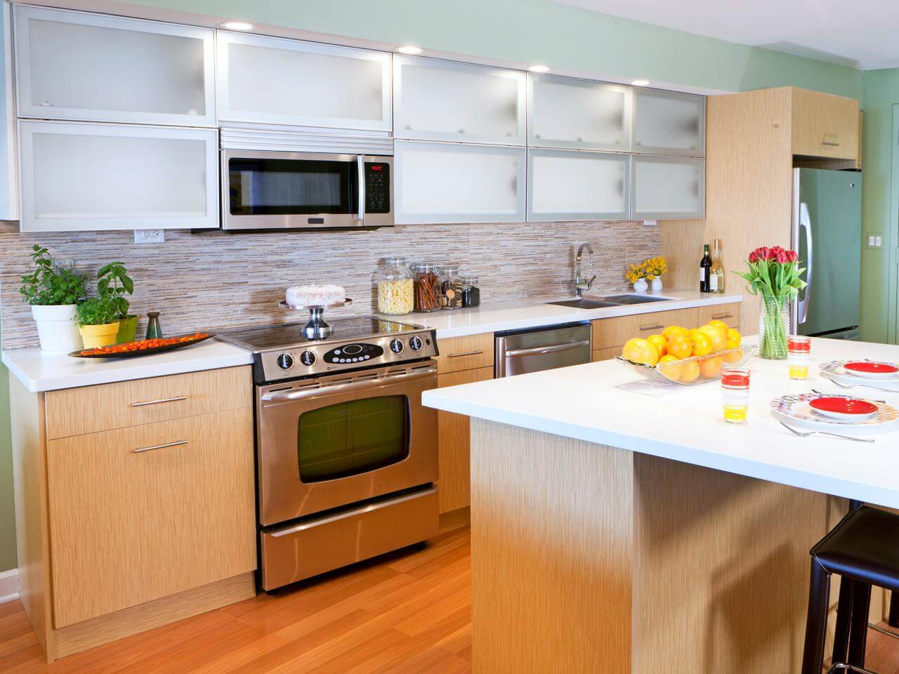 Contemporary Kitchen Frosted Glass Cabinets