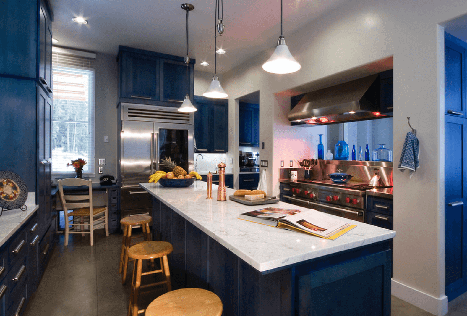 Navy Cabinetry In Modern Kitchen