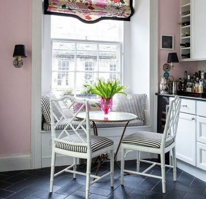 small corner breakfast nook