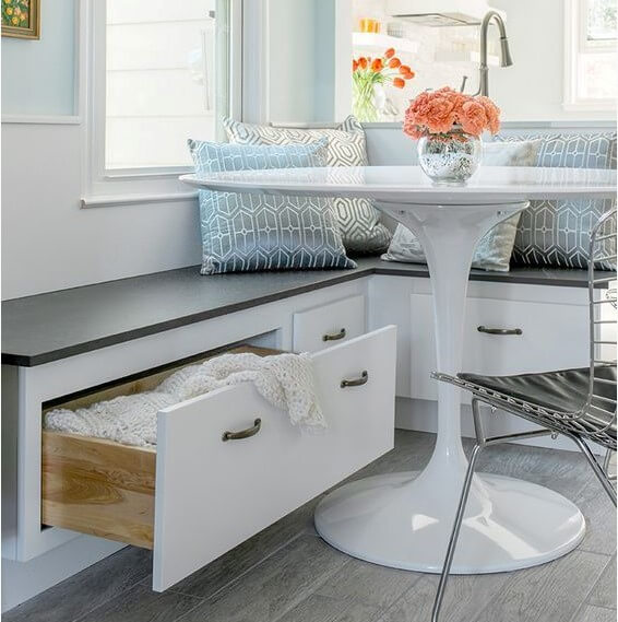 how to build corner breakfast nook